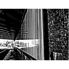 London-under bridge